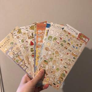 Sumikko klistermärken 4 för 100kr+frakt🥰 ett ark för 31kr! Alla på fotona är det som är kvar! Perfekta julklappen💞