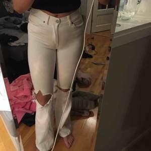 Salt jeans nypris 500kr jättefina