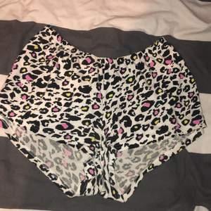 Söta leopard shorts. 50kr + frakt💗