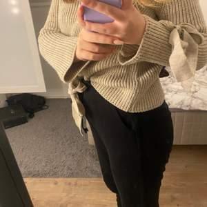 Jätte fin bergige tröja i nyskick! Säljer pgr av att den är lite för stor för mig