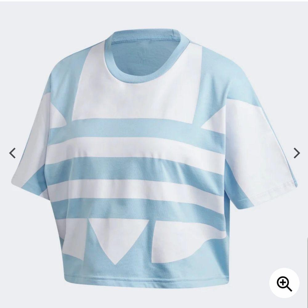 Sökea! Storlek S lr M!. T-shirts.