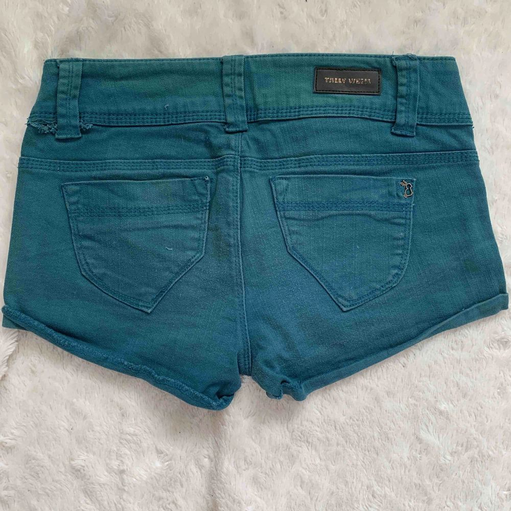 Tally Weil shorts st38. Shorts.