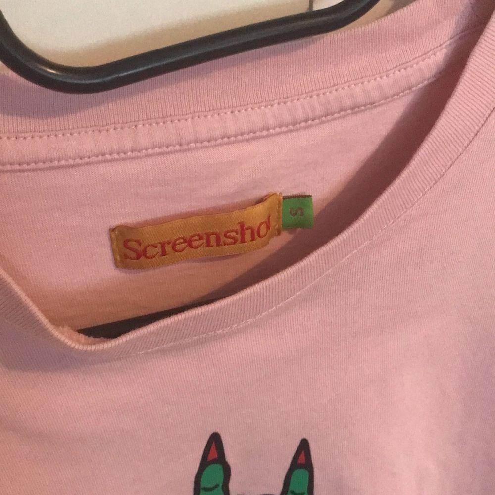Skön tshirt från carlings 🤘. T-shirts.