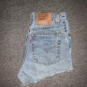 levis shorts i modell 501, fint skick! 💗