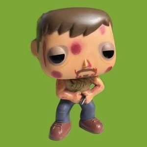 Funko-pop av Daryl Dixon från The Walking Dead! Har tyvärr inte förpackningen och pilen i hans mage sitter löst men annars är den prima! (: