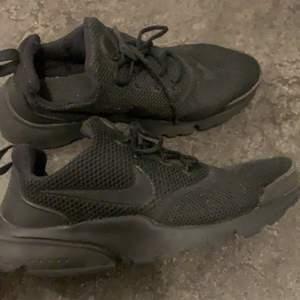 Nike presto fly skor i bra skick, storlek 38,5