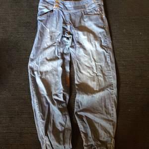 """NIKITA jeans, vidd 30"""" & längd 32"""", använda men i gott skick, Köparen betalar porto alt fri upphämtning i Ängelholm"""