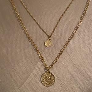 Säljer mitt guldiga halsband från Ur & Penn som är använt 1 gång, mycket fint skick och bra längd! Vid intresse eller fler bilder, skriv till mig!✨🌺