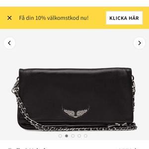 Säljer min fina Zadig väska, ser hyfsat ny ut då den knappt kommer till användning💕 (äkta)