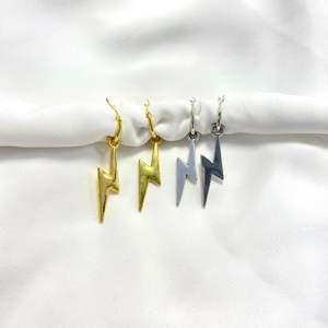 Superfina nickelfria örhängen jag gjort själv, 59kr/paret!🤍