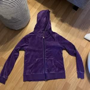 Clean hoodie från Cubus