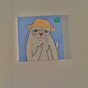 Själv målade tavlor, målade för ca 2 år sedan så färgen har torkat så de lugnt. Men säljer dessa då jag är i pengarkris! Köpare står för frakten!
