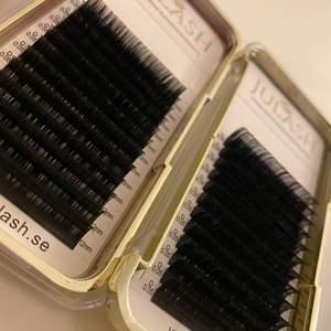 Säljer nu dessa då dom inte kommer till användning, nästan helt nya bara 4 rader i asken som är borta på båda två
