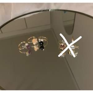Säljer dessa supersnygga och unika ringar som är justerbara i storlek och passar alla!!!💞💞💞💞