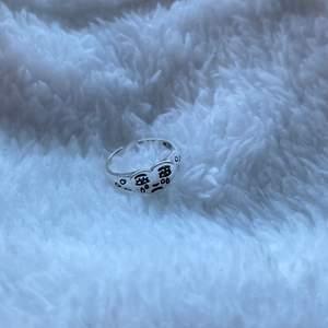 Säljer dessa superfina ringar! 100kr/st. Endast 1 kvar!!