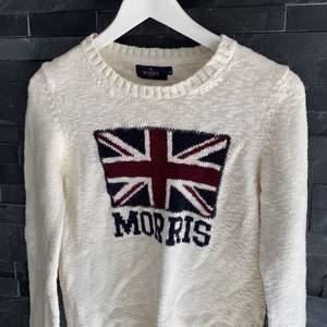 Vit Morris tröja, i väldigt fint skick. 🤍