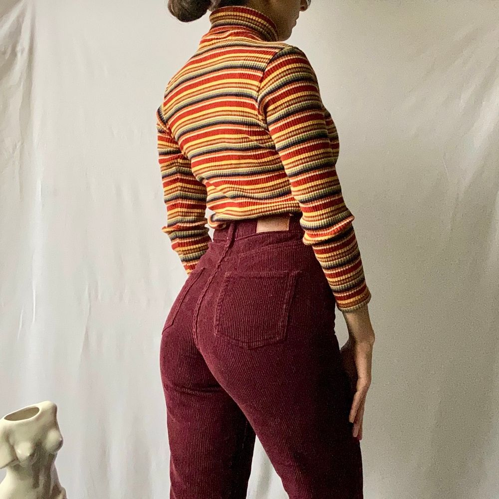 🌊WONDERFUL MULTICOLORED RIBBED STRIPED, LONG SLEEVE TURTLENECK SHIRT.  • SIZE - S / EU 36 • BRAND - Krooko fashion • MATERIAL - Cotton  MY MEASUREMENTS • Height 161cm / 5'3