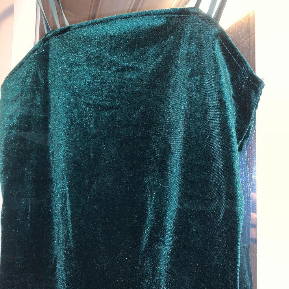 Grön body från bikbok, storlek XS! . Toppar.