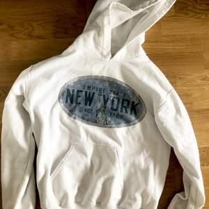 Snygg vit hoodie ❤️🤍
