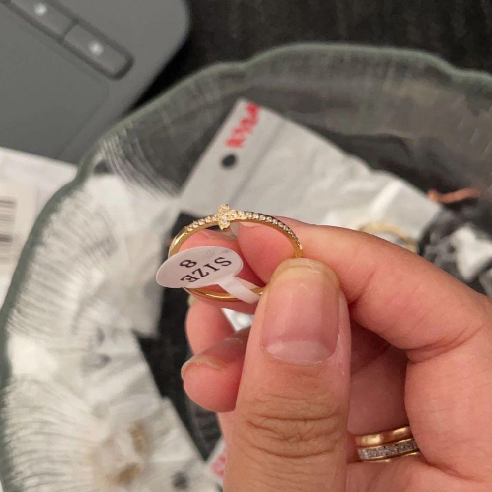 Cartier love ring 💍 150kr . Accessoarer.