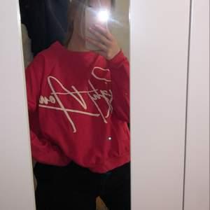 Cool sweatshirt ifrån Carlings egna märke Stay, storlek S. Knappt använd💕