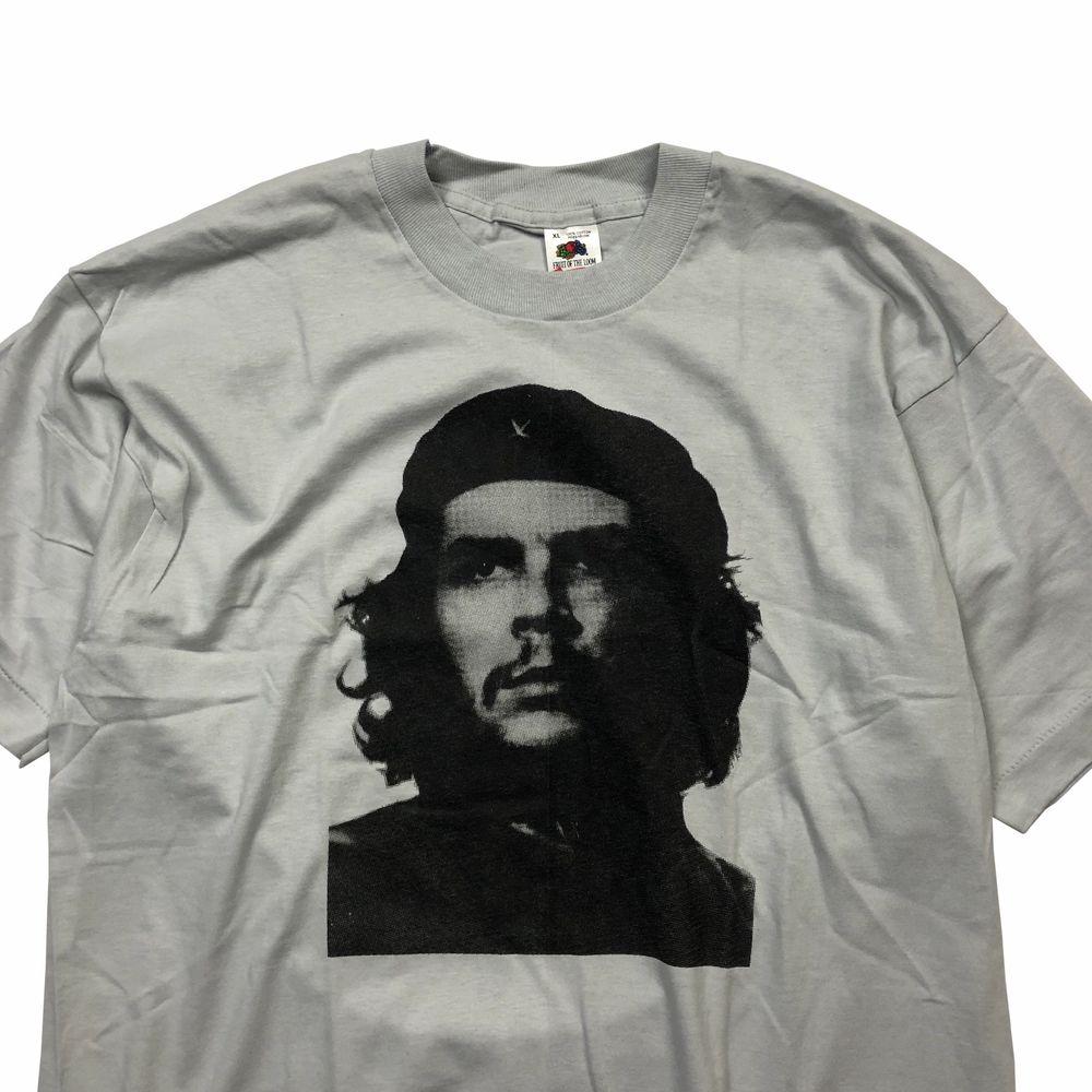 Helt ny. Skriv för mer info!. T-shirts.