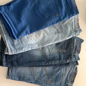 4 shorts från Dondup. Benmått 26 cm. 1 för 500kr, 2 för 900kr, 3 för 1200 och 4 för 1400