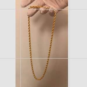 Nya halskedjor / halsband finns inne. 60 cm längd & 5 mm bredd. Kan skickas & köparen står för frakten.
