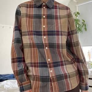 Flerfärgad rutig skjorta! 51 kr spårbar frakt