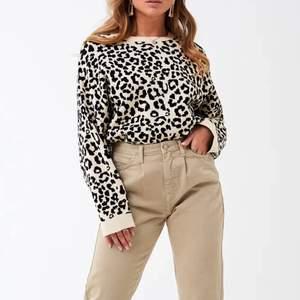 Superfin tröja från Gina Tricot! Storlek L men passar mig bra som har M ❤️