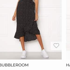 Helt oanvänd kjol från bubbleroom, super fin!