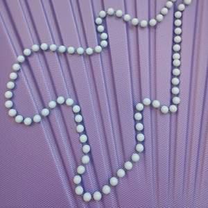 Halsband med pastell-blå plastpärlor. Alltid fri frakt!