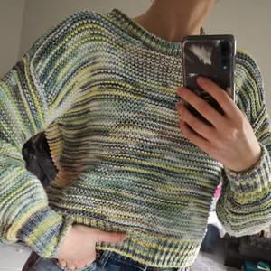 Superhärlig färgad tröja från shoptop. Som nyskick! Storlek 36 💛💚💙