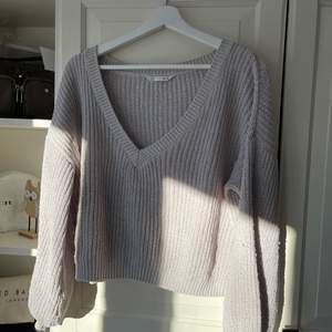 En jätteskön stickad tröja som är använd ett antal gånger