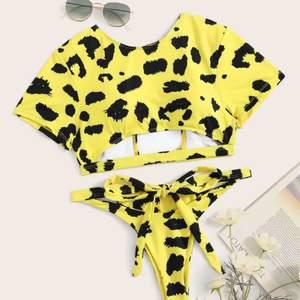Säljer denna super snygga bikini! Super snyggt mönster! Aldrig använt! Stl s/m #bikini💛💛💛💛💛