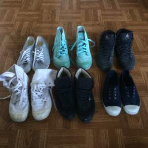Rensat ut massa gamla skor som aldrig kommer till användning. Vissa är rätt välanvända så priset varierar. Skriv om du är intresserad så kan vi diskutera något pris som passar! Kan även skicka bättre bilder vid intresse. ❗️Båda Palladium sålda❗️