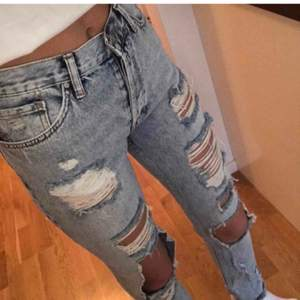 Denim Jeans ifrån Gina tricot i storlek xs. Sparsamt använda, 150 kr + frakt ✨✨