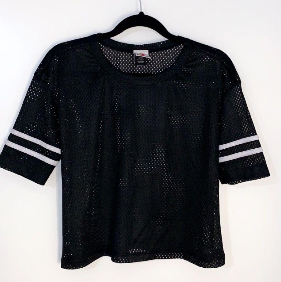 En jättehäftig ihålig t-shirt. Köptes i Chicago (sixplags) för ett år sedan. I väldigt bra skick 🥰. T-shirts.