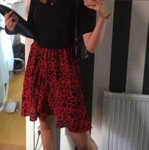 Kjol från Saint Tropez i storlek M, använd 1 gång🌸