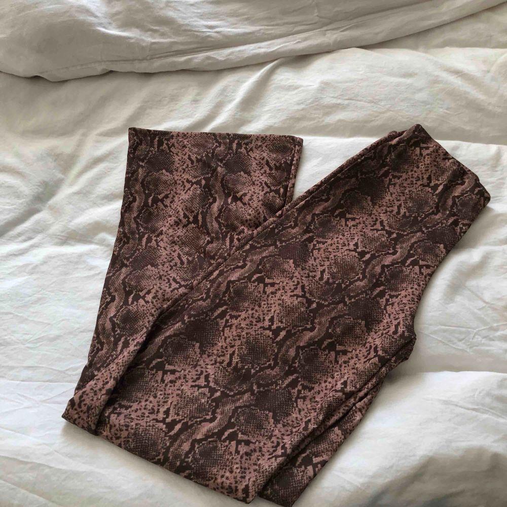 Mjuka sköna och stretchiga från Gina!. Jeans & Byxor.