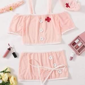 NY! Slutsåld sjuksköterska lingerie (utan trosa), från shein i xs! Original pris 99:-