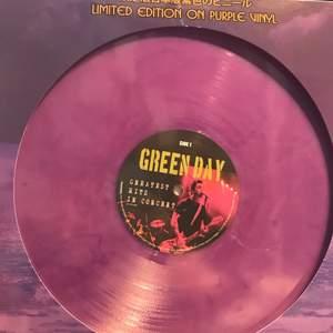 Green Day Japan Edition - Greatest Hits In Concert vinyl. Helt oanvänd. Skiva inklusive frakt = 300kr