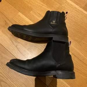 Gant skor storlek 39!