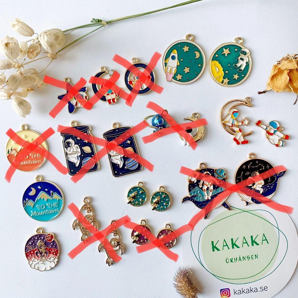 Min butik är öppnad 🎉 följ @kakaka.se på Instagram för senaste uppdatering ❤️ Jag har de mest unika, söta och prisvärda örhängen 😉 priset är cirka 60-75 kr per par, frakt är alltid gratis och ju mer du köper, desto mer rabatt 👯👯♀️🎁. Accessoarer.