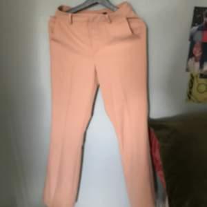 Ett par kostym byxor från Bikbok som jag använde en gång, ordinare pris: 399kr
