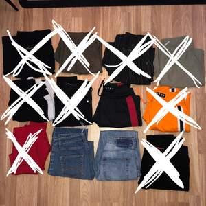Säljer massor av kostymbyxor, jeans, Manchester jeans, street byxor mm!! 40 st på alla!! 🍒🍒🍒 det finns mer specifik info om alla byxor på min sida så kika mina annonser!! Fråga gärna om du inte hittar infon du behöver! 🤩🥰 storlekar 34-36 och nån 38. Bl.a. är Nr 3 är andra bilden och Nr 10 tredje bilden. en frakt på 44 eller 66kr tillkommer beroende på tyngd. Vi köp av flera blir det billigare.