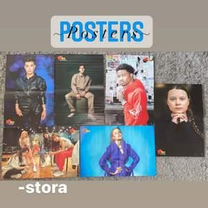 Jag säljer dessa exklusiva posters med artister, djur, karaktärer mm på. Dem stora kostar 20kr st och dem små kostar 10kr st, om man köper flera kan man få extrapris!! ❌Gorillaz & Greta Thunberg affischern finns ej kvar❌