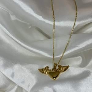 snyggastr halsbandet ever! i silver och guld, rostfri stål🤍frakt kostar 11 och köparen betalar den