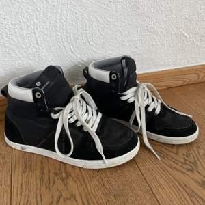 Super sköna Björn Borg skor. Knappt använda! Frakt tillkommer😊