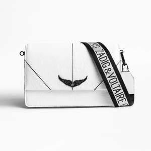 Jag säljer denna väska eftersom jag inte har användning för den. Den är använd max 3 gånger. Den har inga skador och ser ut som ny. Den är köpt på den officiella Zadig&Voltaire butiken i Stockholm. Den är köpt för 4130kr, dustbag och påse medföljer.